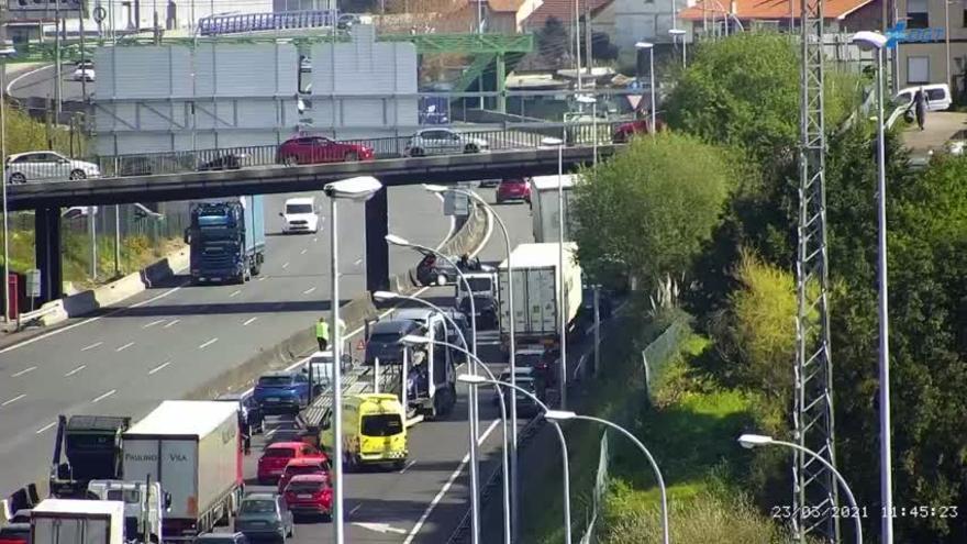Un accidente en la AP-9 ralentiza el tráfico entre Vigo y Pontevedra