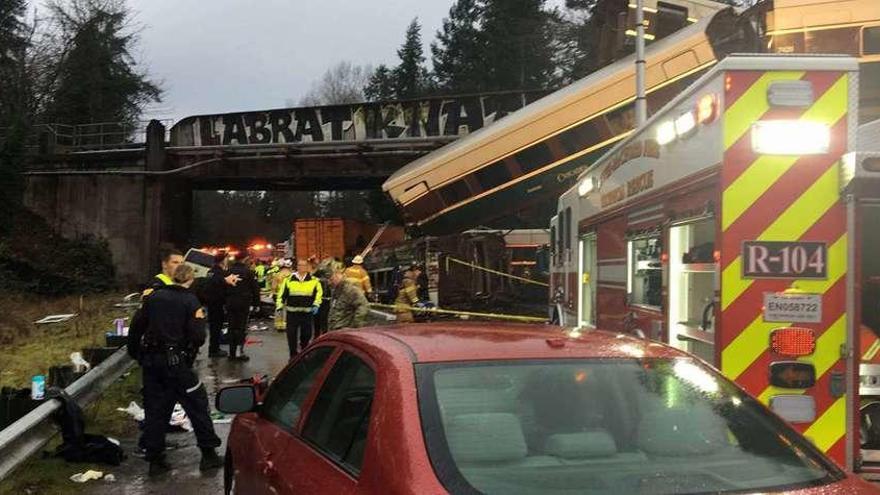 El viaje inaugural de un tren de alta velocidad en EE UU acaba en accidente con 3 muertos