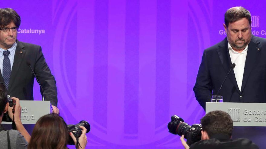 "Puigdemont acusa el Govern central de fomentar la ""por"" saltant-se l'Estat de dret"