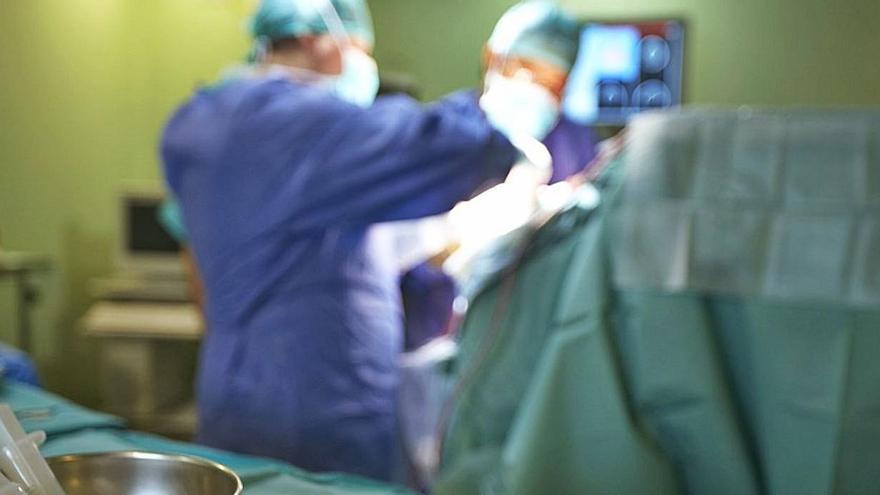 Sanidad reduce en 24 días la espera en las listas quirúrgicas pese al Covid
