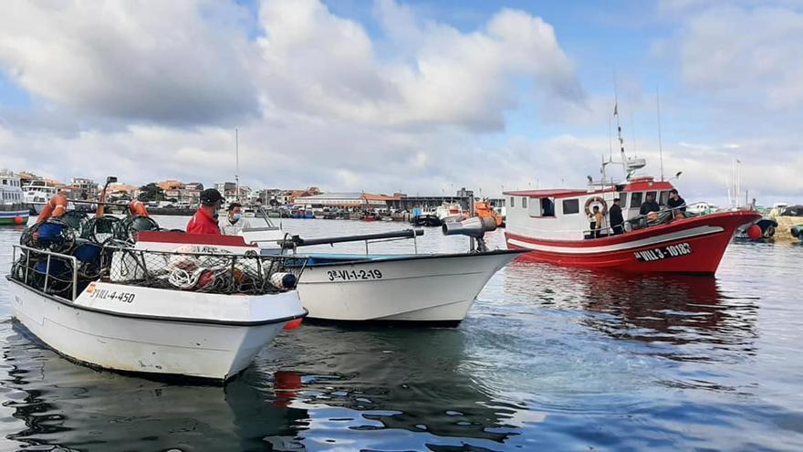 La protesta desplegada por la flota en O Corgo (O Grove).