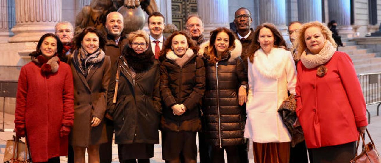 PP y PSOE rechazan incluir la insularidad como reto demográfico