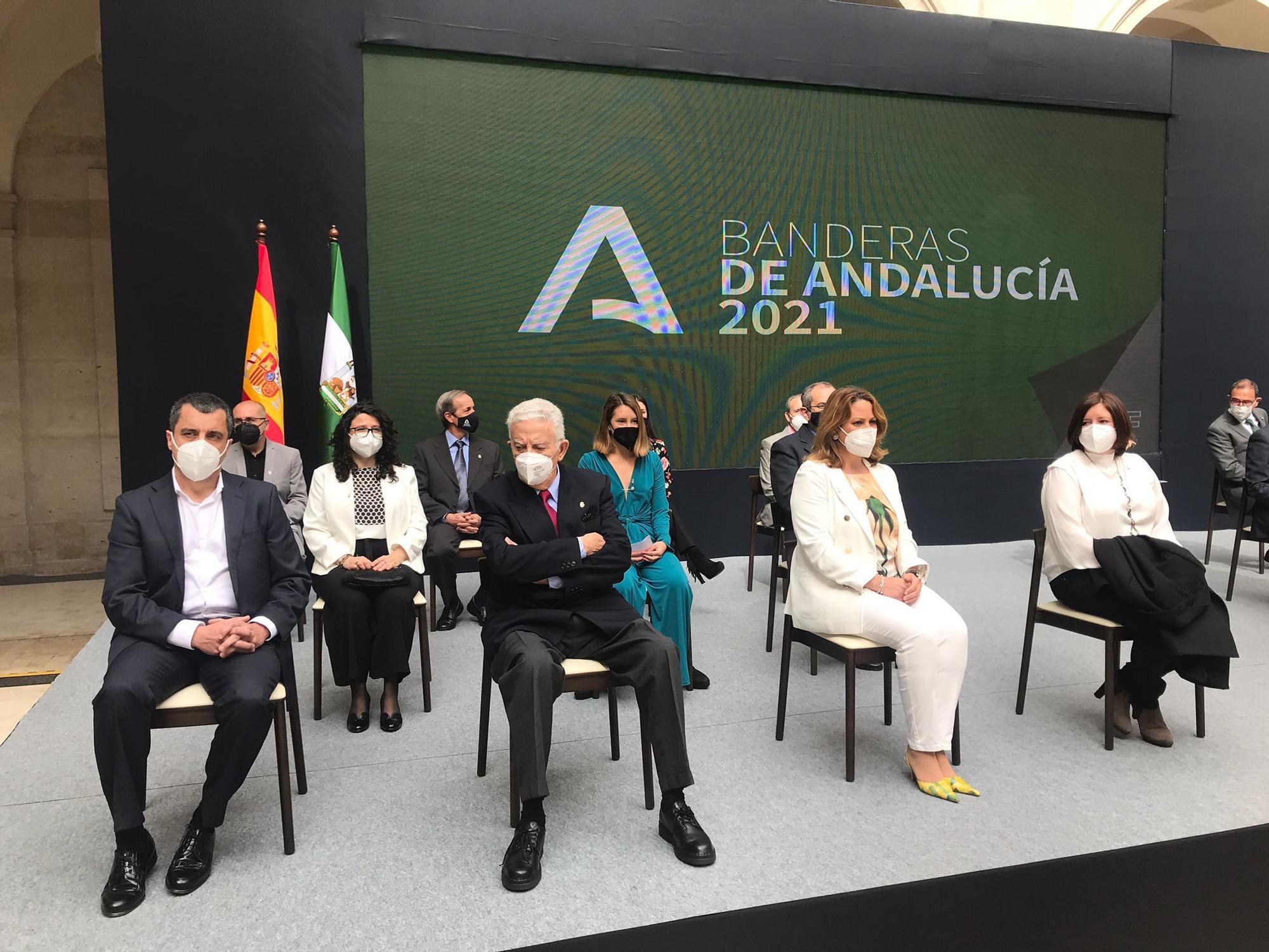 Entrega de los premios por el Día de Andalucía en Málaga