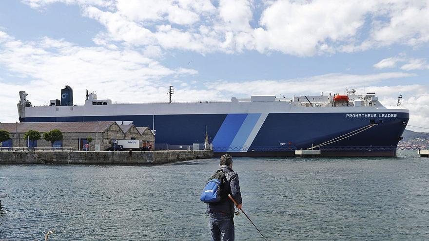 El Sergas reclama más control en los puertos tras el brote con la variante india