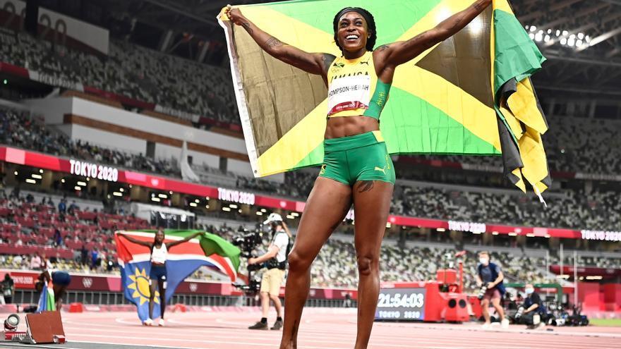 Elaine Thompson, la reina de la velocidad, hace doblete con el oro en 200