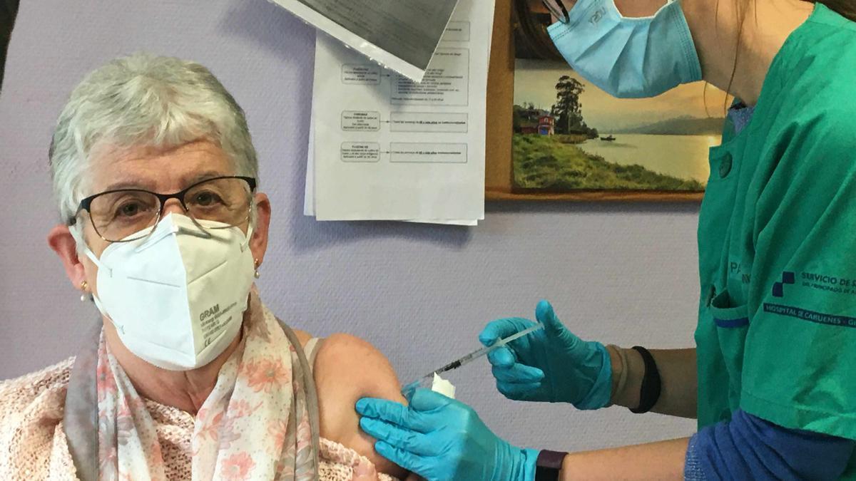 2021_04_22 vacunacion Janssen en CS ParqueSomio. 1.jpg