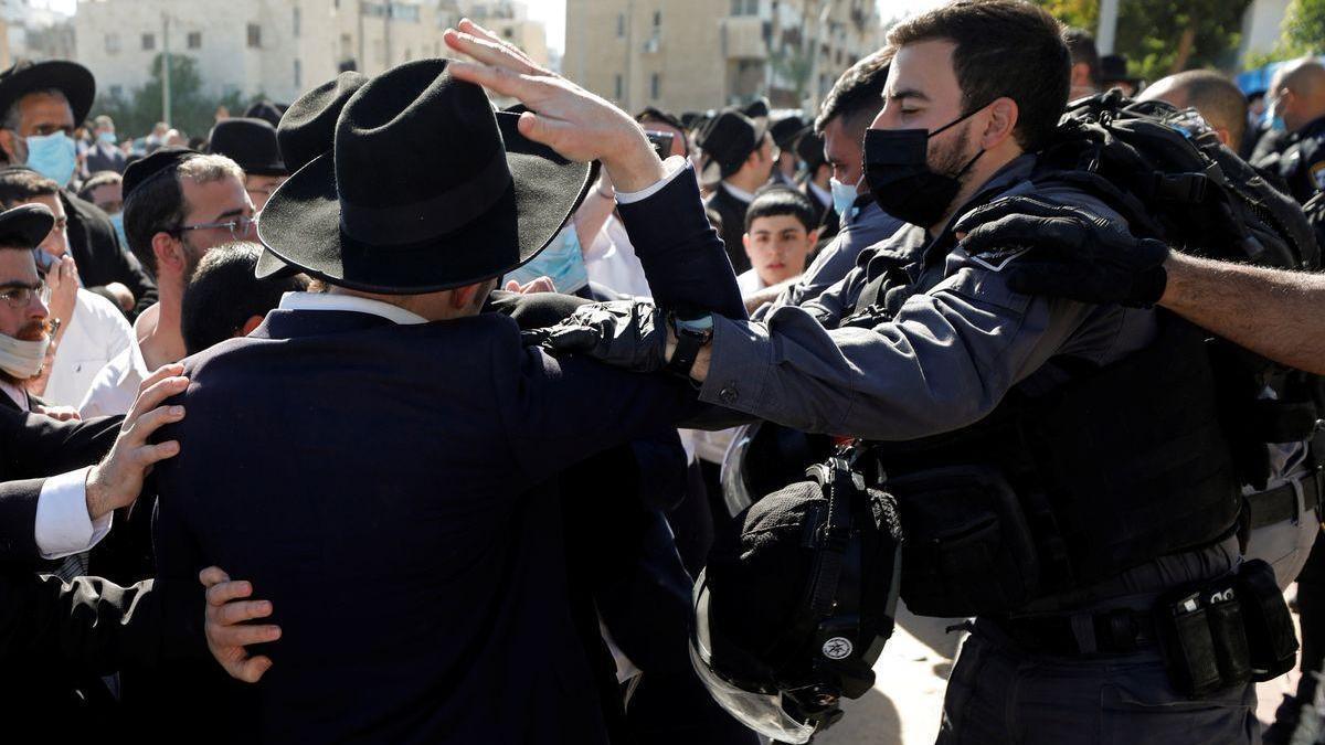 Enfrentamientos violentos entre la policía y los ultraortodoxos en Israel