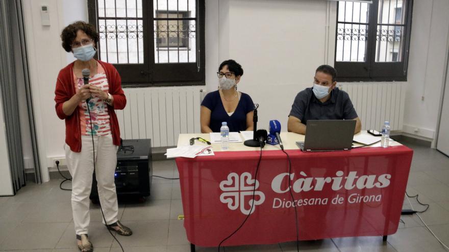 Només un 3,7% de les persones ateses per Càritas Girona perceben l'ingrés mínim vital i un 4,2% la renda garantida