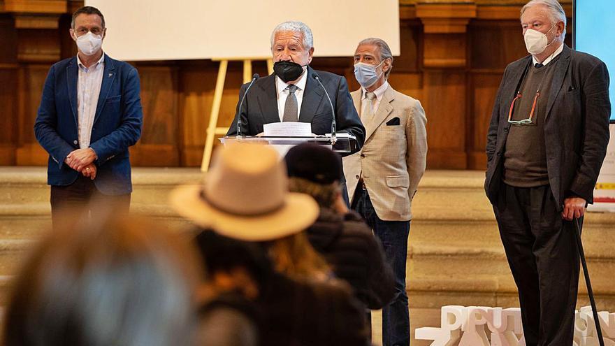 Bassat ofrece a Zamora un centenar de piezas de su colección para el futuro Museo Lobo