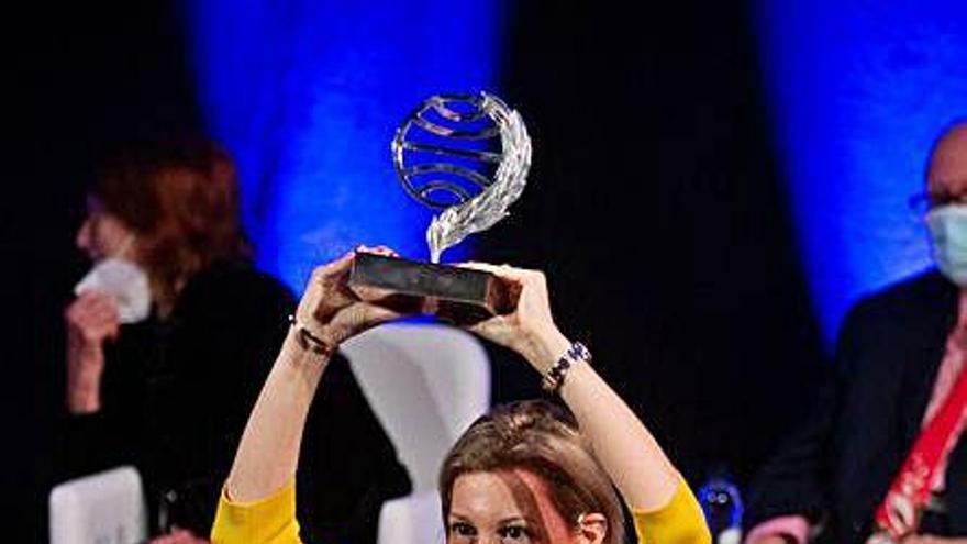 Eva García Sáenz de Urturi gana el Premio Planeta con una novela medieval