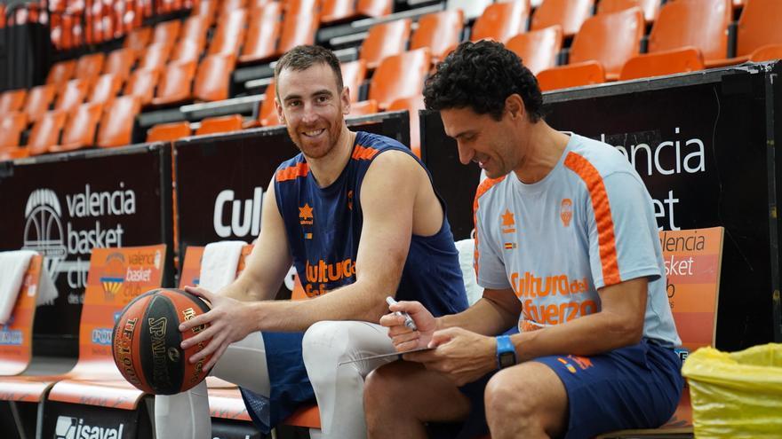 Víctor Claver vuelve a La Fonteta de taronja