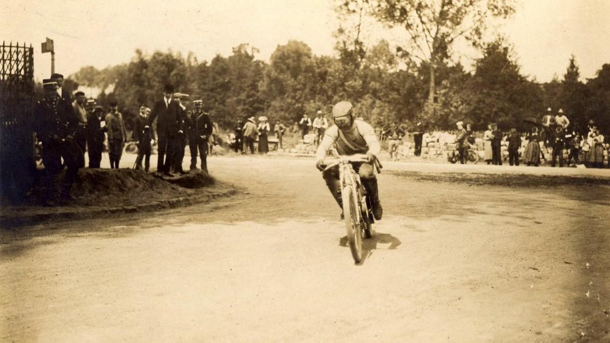 Así fue el triunfo de Laurin & Klement en el Mundial de Motociclismo hace 115 años