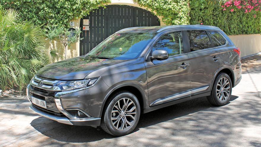 Mitsubishi outlander 200 MPI CVT Motion 2WD: qualitat, espai i disseny