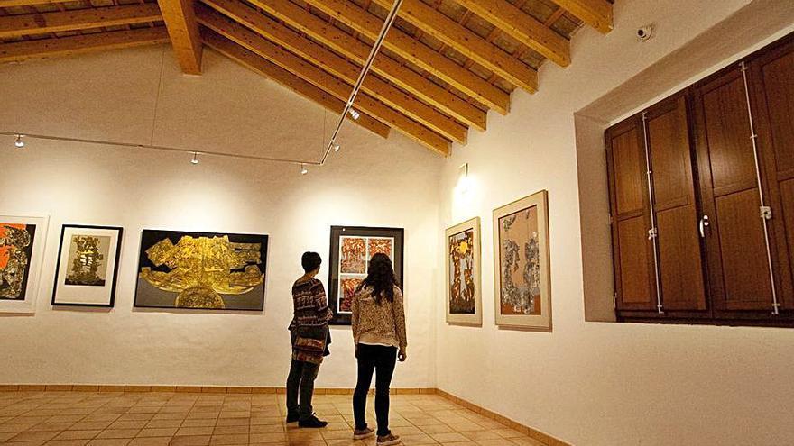 La Generalitat inaugura una exposición de arte contemporáneo en Bocairent