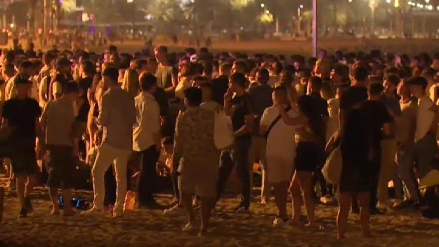 El mega brote de fin de curso en Mallorca dispara la incidencia hasta 40 puntos en tres días en varias CCAA
