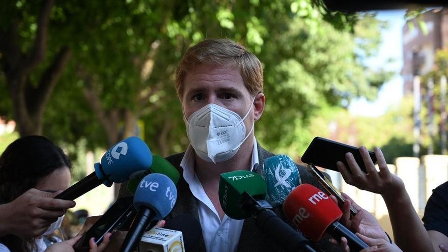El alcalde de Badajoz da positivo en covid