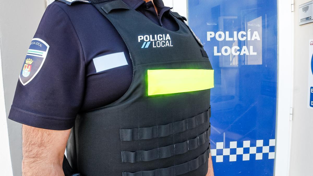Nuevo chaleco antibala de la Policía Local de Mérida.