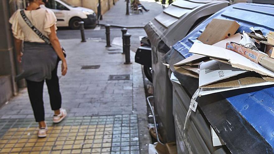La Corporación se conjura para acordar una resolución sobre la gestión de la limpieza