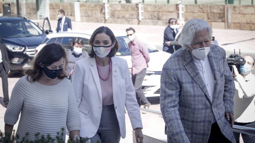 Maroto espera que el certificado sanitario esté en junio en toda España