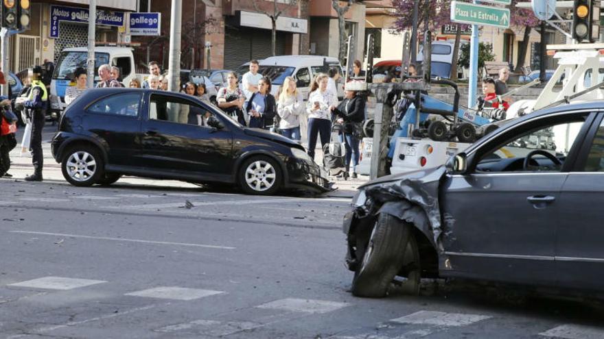 Herida una conductora en el centro de Alicante