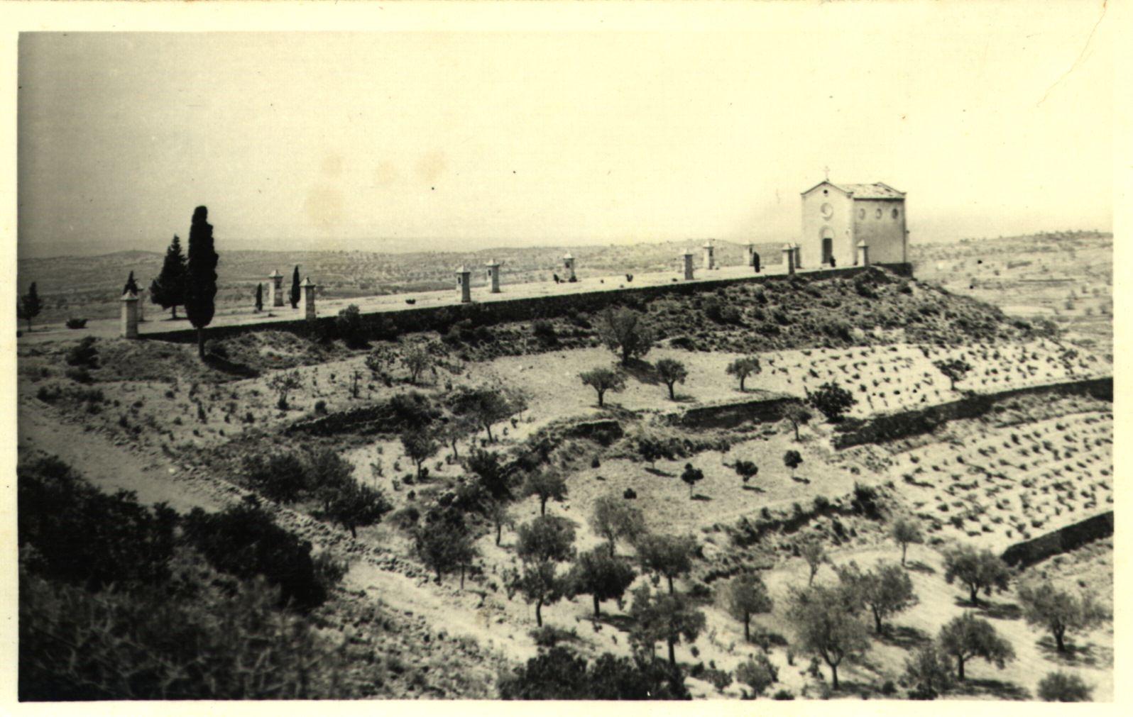 Panorámica de la Ermita de San Francisco de Asís en 1922.