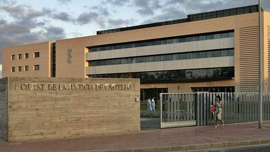 Una jueza de Castelló acorrala la mentira del Bar España: ocho procesados por el bulo