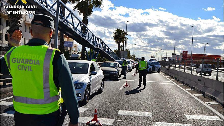 Un juez cuestiona las multas de la Guardia Civil que no son presenciales en accidentes de tráfico