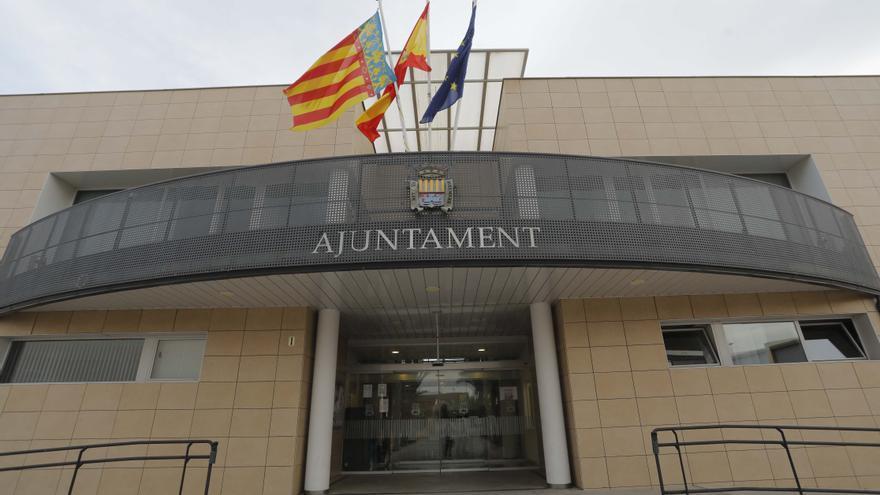 Canet d'en Berenguer blinda a su personal para garantizar los servicios públicos y la atención ciudadana