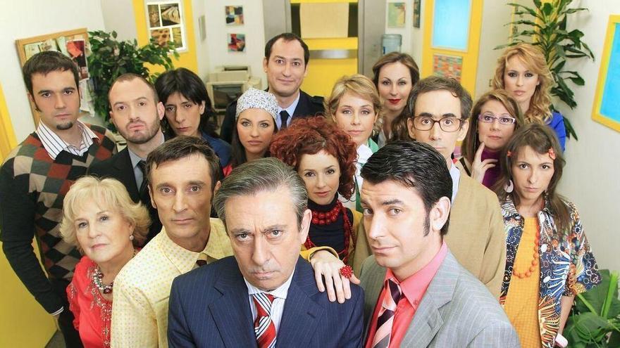 """Los personajes de 'Camera café' regresan para decirte """"Quédate en casa"""""""