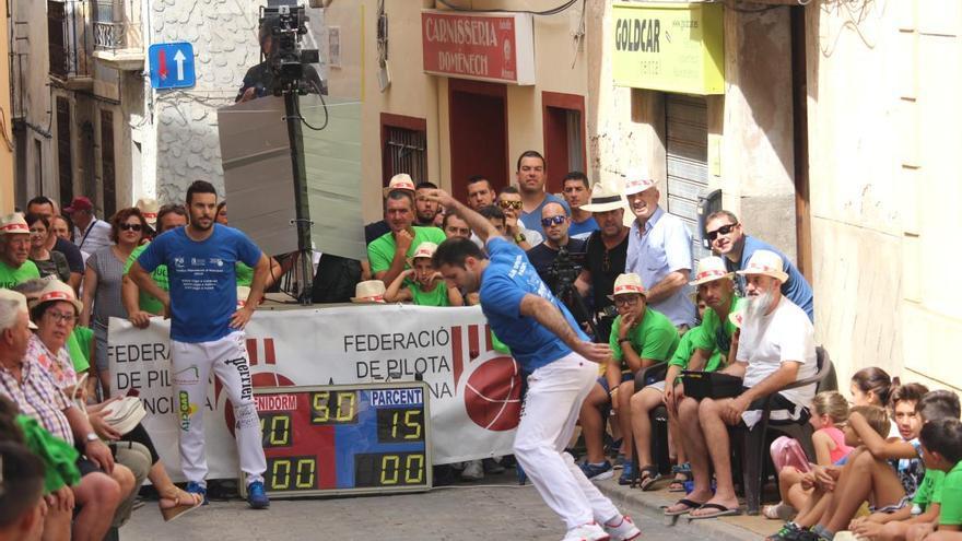 L'escola de Banques-Trofeu Diputació d'Alacant comença a entrenar amb Martínez