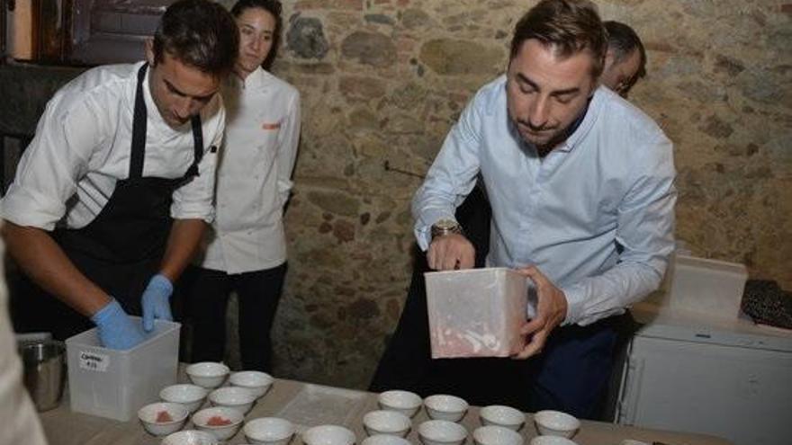 García Demestres i unes postres de Jordi Roca endolceixen l'estrena de 'La straordinaria vita di sugar blood'