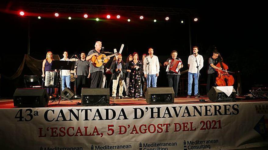 Els millors grups d'havaneres il·luminen la cantada de l'Escala