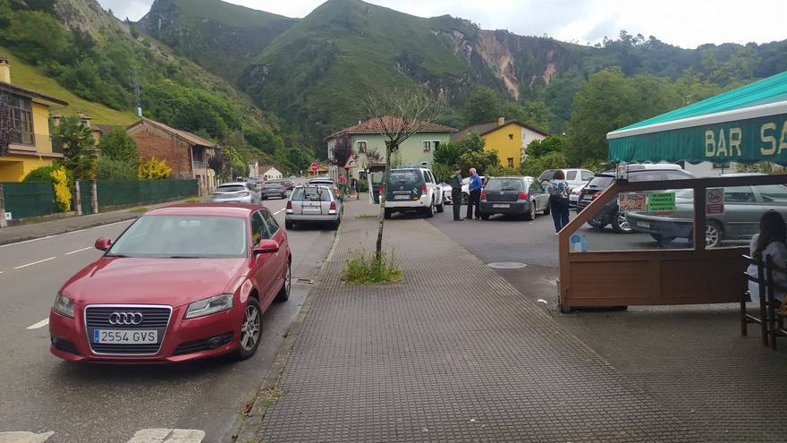 Nuevo incidente en la travesía de la localidad de Les Roces, en Cangas de Onís