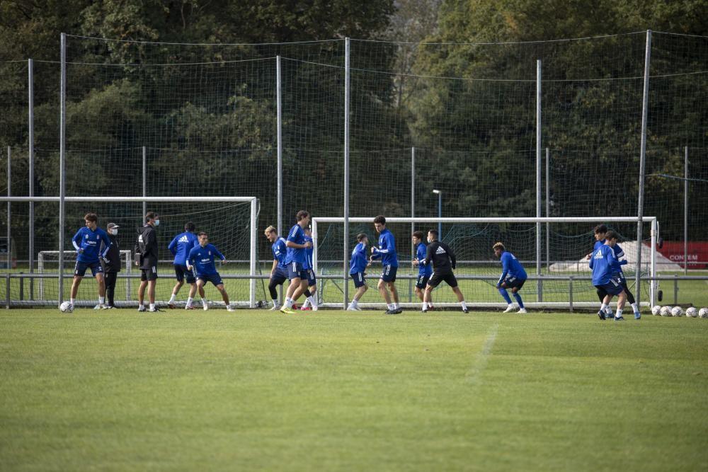 Entrenamiento del Oviedo tras el derbi