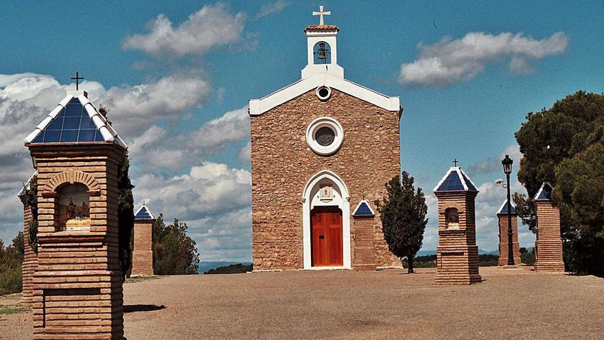 Nàquera inicia los trámites para que el Arzobispado devuelva la ermita