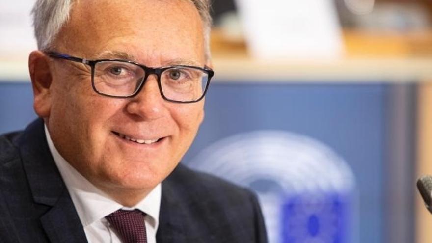 """Bruselas descarta un salario mínimo europeo, pero pide a los países que tengan SMI """"dignos"""""""