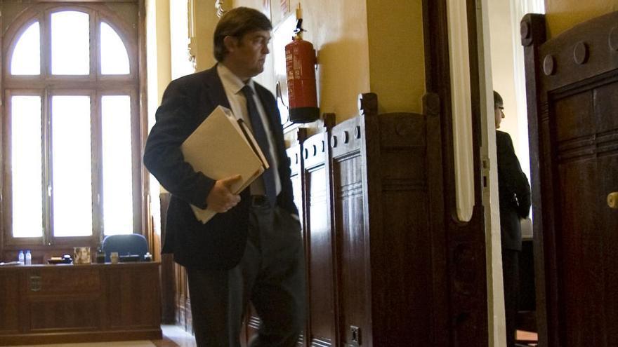 Destituido el gerente de la empresa pública Gispasa, responsable de los servicios no sanitarios del HUCA
