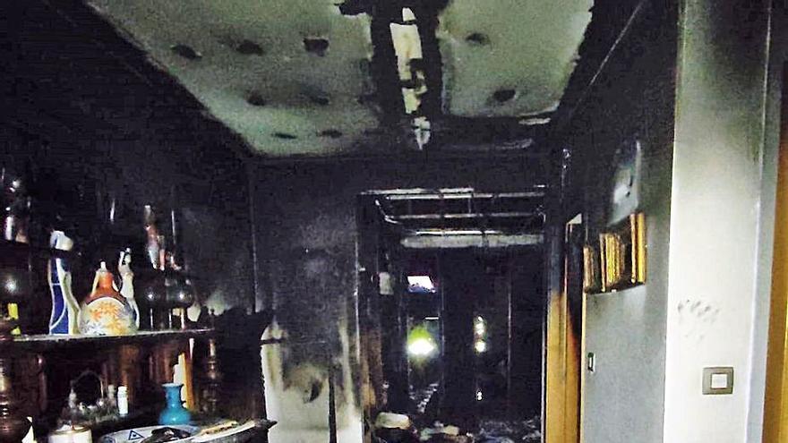 Un incendio causa graves daños en una casa en Franzomel