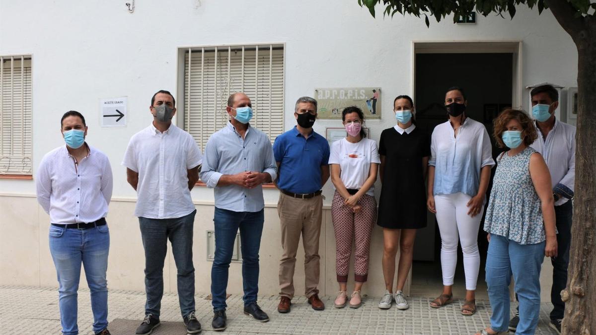 Visita del grupo provincial de IU a Montalbán.