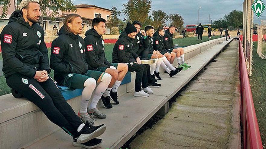 Was Mirko Slomka beim Trainingslager von Werder Bremen treibt