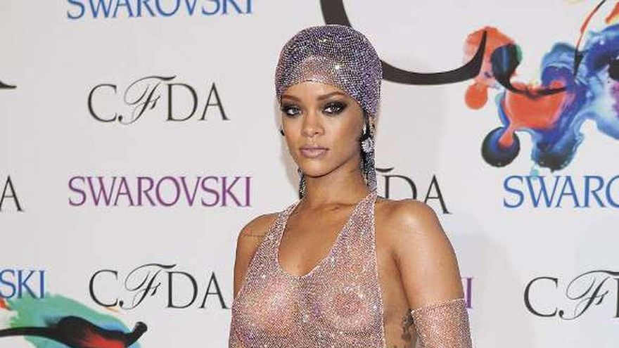 "Rihanna entra en ""The Fashion Book"", la biblia de la moda"