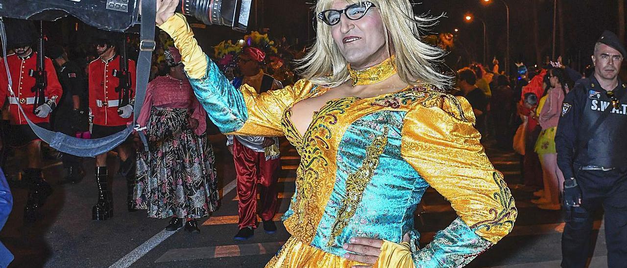 El Carnaval más triste de los iconos   QUIQUE CURBELO / JUAN CARLOS CASTRO
