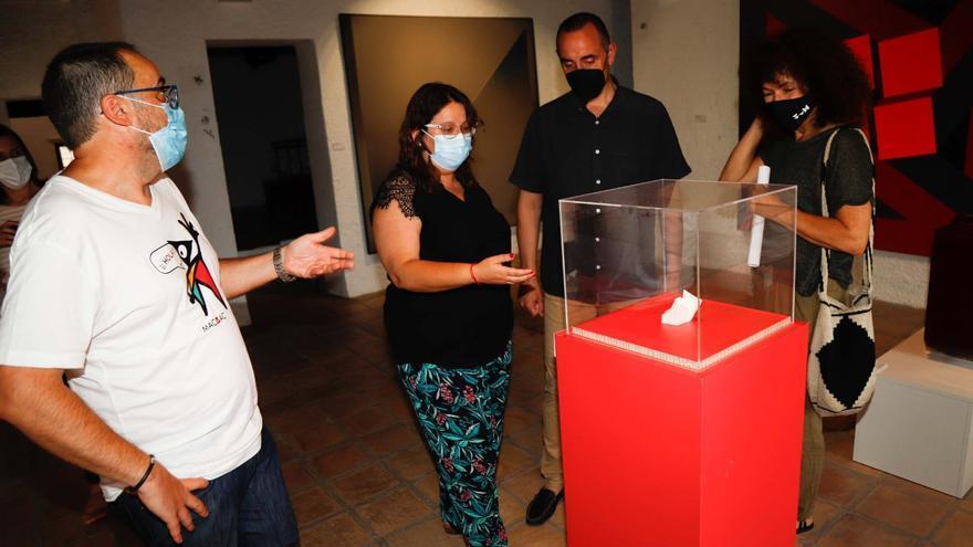 El Museo de Vilafamés exhibe obras de Warhol, Barceló y Picasso