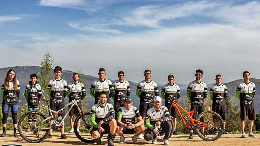 O club ciclista Pontebike Team salta á competición