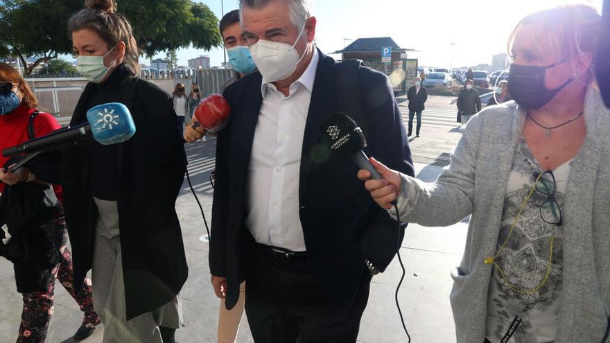 Juan Antonio Roca acepta seis meses de prisión por fraude y prevaricación
