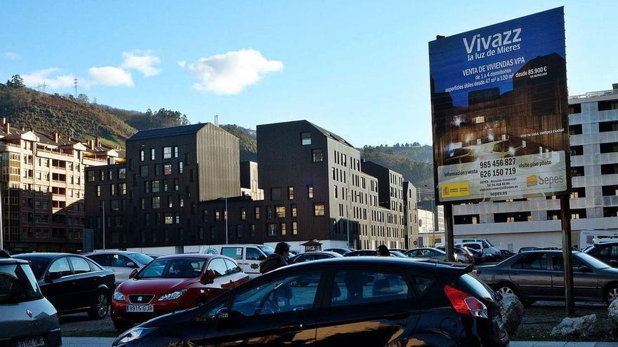 El Alcalde pide reunirse con Sepes para impulsar la venta de sus 64 pisos vacíos