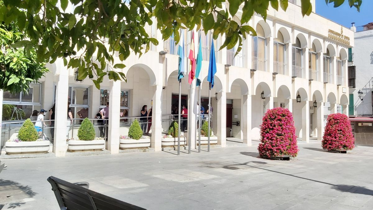 Imagen del edificio del Ayuntamiento de Lucena.