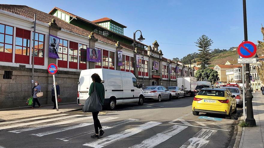 Cangas fija cinco zonas de aparcamiento rotatorio y gratuito solo para turismos en el centro urbano