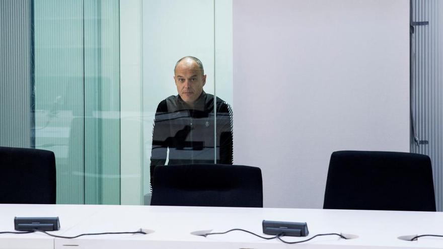 """Procesado el exjefe de ETA Carrera Sarobe por el atentado con bomba """"trampa"""" en 2002"""
