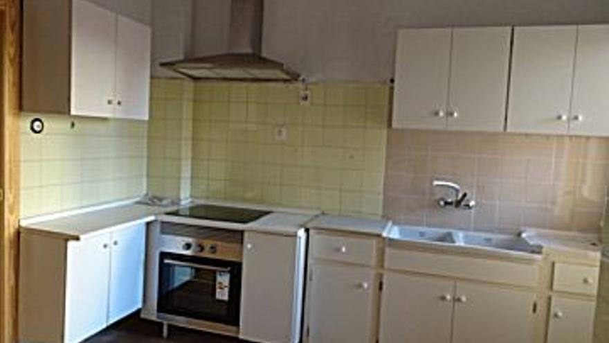 500 € Alquiler de piso en Casco Antiguo (Cartagena), 3 habitaciones, 2 baños, 3 Planta...